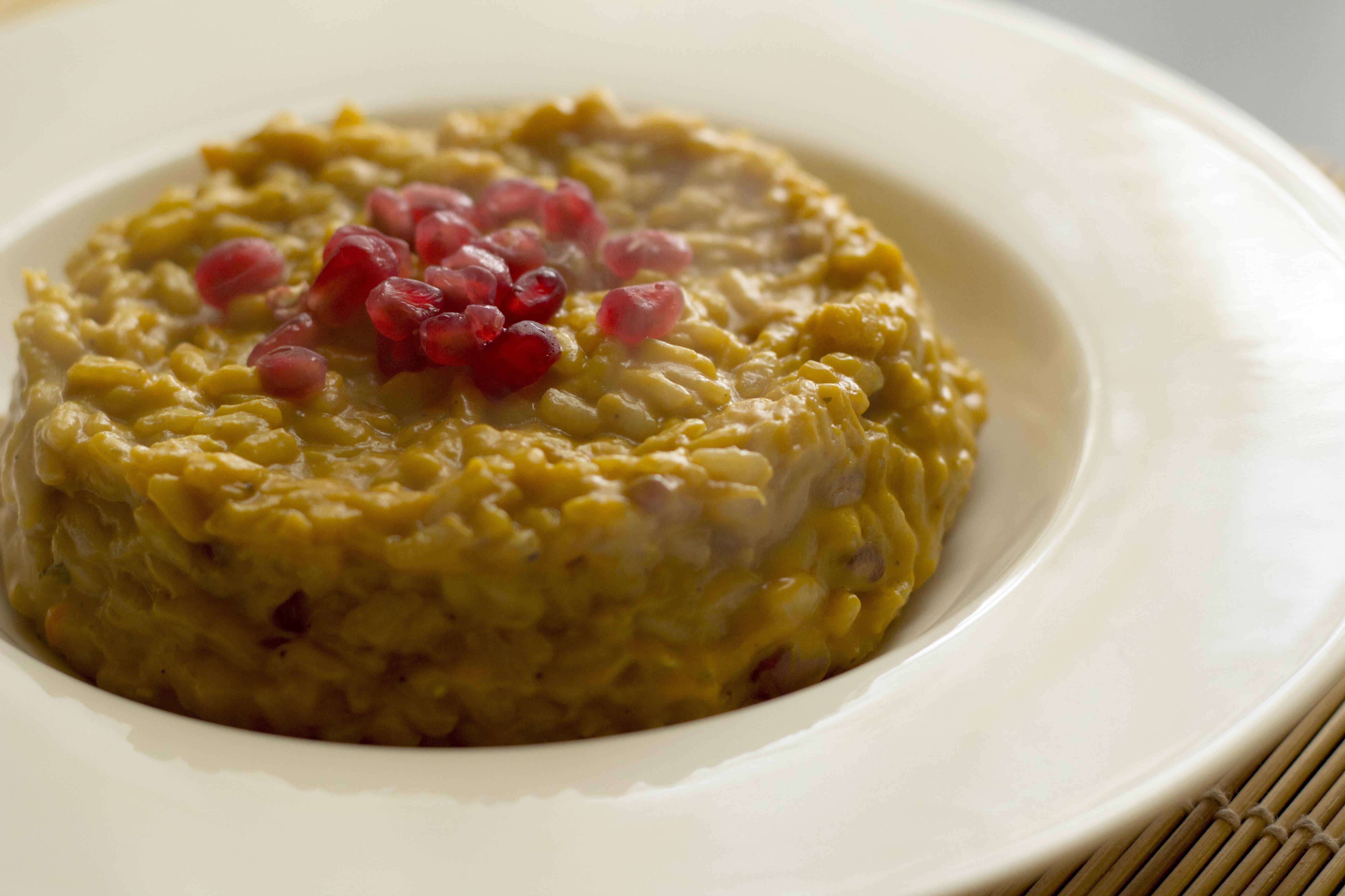 idee per un primo piatto gustoso: il risotto alla melagrana