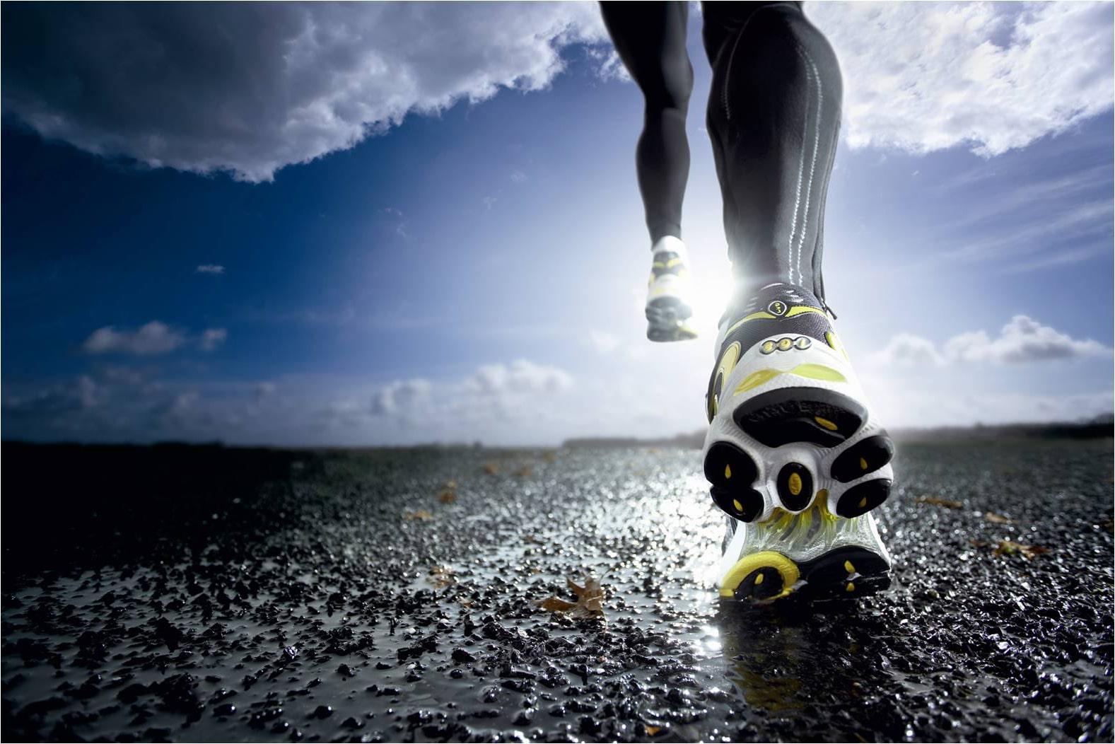correre la maratona al meglio: aumenta la velocità in modo graduale