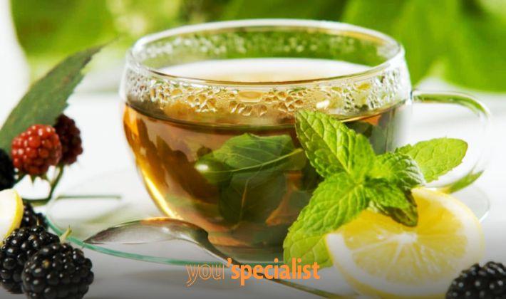 bevanda per migliorare l'umore, tè alla melissa
