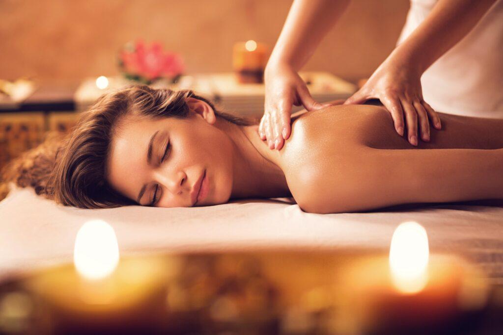 Massaggi con massoterapia