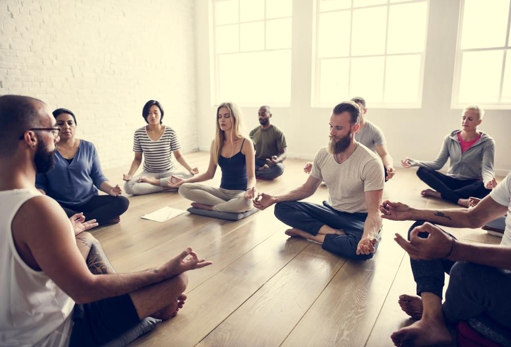 meditazione mindfulness, formato di gruppo
