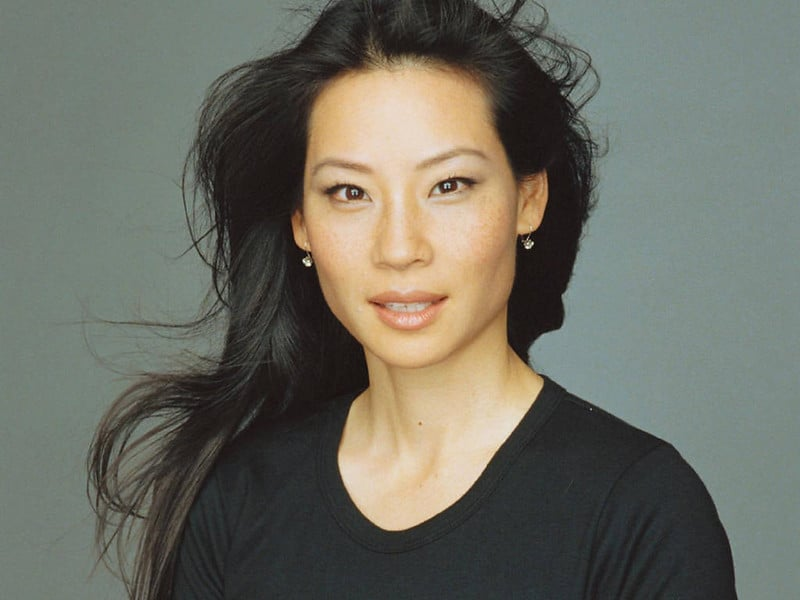 Lucy Liu strabismo