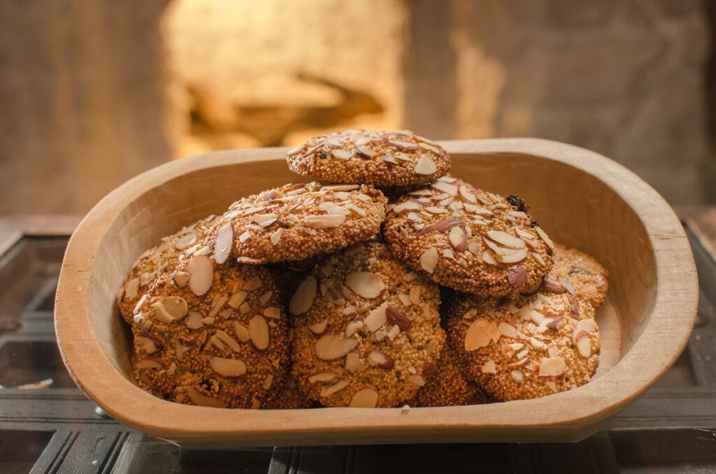 alimenti ricchi di fibre biscotti crusca