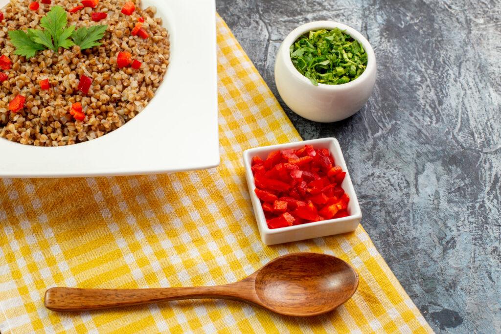 alimenti ricchi fibre grano saraceno
